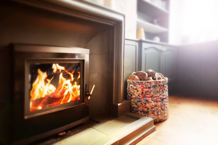 10 Eco-Friendly Decorations for your Fireplace this Christmas